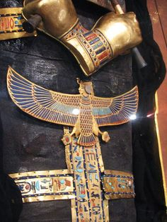 Ancient Egypt Art, Ancient Egyptian Jewelry, Old Egypt, Ancient Artifacts, Ancient History, Egypt Jewelry, Empire Romain, African History, Ancient Civilizations