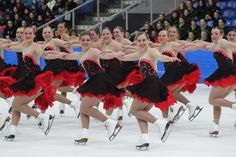 The Illinois synchronised ice skaters make it to nationals!