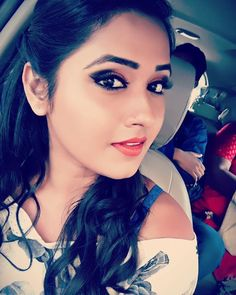 Bhojpuri actress Kajal Raghwani Biography, Height, Age, Hot photo, Upcoming Movies List and News Stylish Girl Images, Stylish Girl Pic, Cute Girl Photo, Girl Photo Poses, Bhojpuri Actress, Actress Photos, New Photos Hd, Beautiful Girl Wallpaper, Cute Girl Dresses