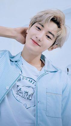 Credit to the owner Exo Chanyeol, Exo Ot12, Kyungsoo, Kpop Exo, Chansoo, Chanbaek, Kris Wu, Rapper, Exo Lockscreen
