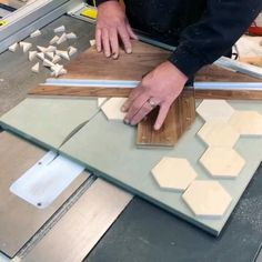 Woodworking Projects That Sell, Woodworking Techniques, Woodworking Crafts, Woodworking Tools, Woodworking Furniture, Woodworking Beginner, Wood Projects That Sell, Unique Woodworking, Wood Crafts