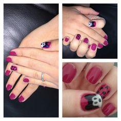 Micky nail art