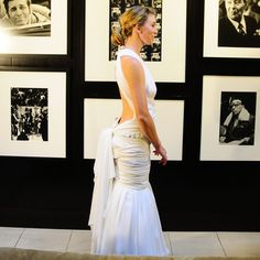 I want my dress w/ an open back like this