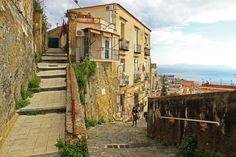 scalenapoli - Naples, Italy