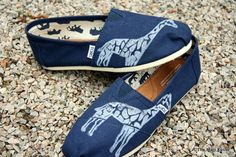 Giraffe Custom TOMS Shoes by themattbutler on Etsy, $75.00