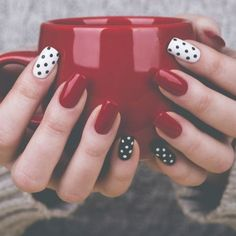 Best and Easy Nail Art Designs for Beginners Amazing Tutorials easy nail designs - Nails Manicure Nail Designs, Nail Manicure, Diy Nails, Nail Polish, Nails Design, Winter Nail Art, Winter Nails, Winter Makeup, Simple Nail Designs