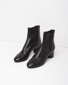 Shop CHELSEA BOOTS at La Garçonne