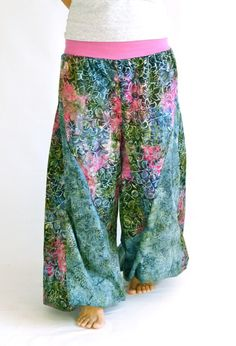 Handmade batik harem pants that is comfortable and fun! Makes you want to travel to a tropical island!