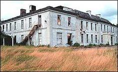 Poltimore House, nr Exeter, in 2003 Abandoned Mansions, Abandoned Buildings, Abandoned Places, Exeter City, Exeter Devon, Vintage Christmas Photos, English House, Historic Homes, Great Britain