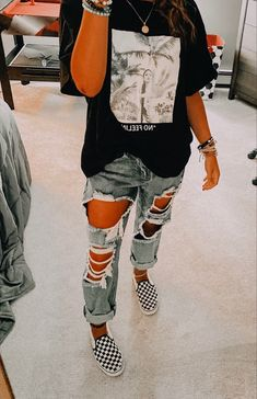 Casual School Outfits, Cute Lazy Outfits, Trendy Summer Outfits, Edgy Outfits, Teen Fashion Outfits, Retro Outfits, Edgy Teen Fashion, Comfy Teen Outfits, Outfits For School For Teens