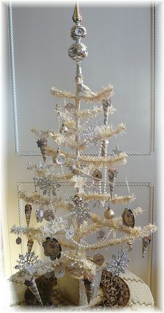 Vintage white and silver tree.../