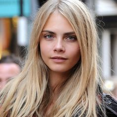 How to Chic: THE BEST CARA DELEVINGNE HAIRSTYLES