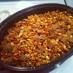 Growing up my aunt and my cousin ALWAYS made my cousin& Nuts& for Christmas. When I moved out on my own I started to make their d. Snack Mix Recipes, Nut Recipes, Appetizer Recipes, Cooking Recipes, Appetizers, Healthy Cooking, Trail Mix Recipes, Snack Mixes, Recipes