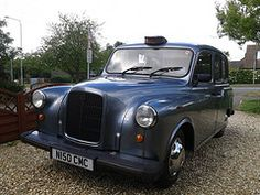 http://ourlondontaxi.blogspot.com What the taxi beast looks like when it's clean and waxed