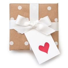 kraft paper & heart tag