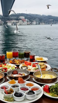 Sunday Breakfast in Lacivert Restaurant, Istanbul. in case if you don't know ho much I love breakfast and Istanbul. or breakfast in Istanbul 💙 Turkish Breakfast, Sunday Breakfast, Restaurant Berlin, Istanbul Travel, Turkey Travel, Turkish Recipes, Mexican Recipes, Street Food, Food And Drink