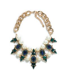 EARL AND CRYSTAL JEWELLED NECKLACE from Zara