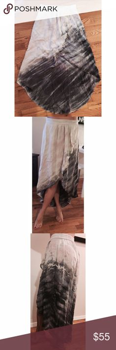 100% Silk GYPSY tulip skirt  size S NWT 100% silk easy breezy and chic! Brand new with tags original retail $169 from Anthropology. Gypsy Skirts High Low