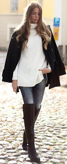Josefin Ekstrom White Turtleneck Fall Street Style Inspo
