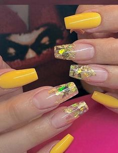 62 Most Beautiful And Lovely Yellow Color Nails Inspirational Ideas For Prom And Wedding - Page 45 of 63 - Coco Night Sexy Nails, Hot Nails, Trendy Nails, Yellow Nails Design, Yellow Nail Art, Hot Nail Designs, Acrylic Nail Designs, Acrylic Nails, Gold Nail Polish