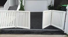 Bi-Fold Gates | SFG Sydney Fences and Gates