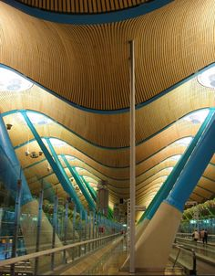 Barajas Airport, Spain | Richard Rogers Partnership, click for more images