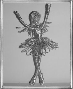 Галерея работ в технике плетения из фольги Олеси Емельяновой. Балерина
