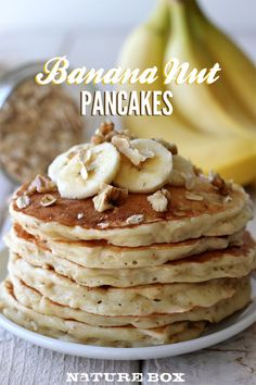 Get your family excited for the new season, and make these dense and delicious Banana Nut Pancakes! This breakfast recipe is perfect for cool and brisk fall mornings. What's For Breakfast, Breakfast Dishes, Breakfast Recipes, Second Breakfast, Breakfast Healthy, Banana Nut Pancakes, My Favorite Food, Favorite Recipes, Morning Food