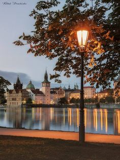 A view of Prague from the Střelecký Island, Czechia/Na Střeleckém ostrově, Praha - Foto: Kamil Procházka Beautiful Places In The World, Most Beautiful Cities, Wonderful Places, 4k Photography, Asia City, Prague Czech Republic, Europe Photos, Dream City, Best Cities