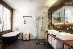 Vacation Homes & Condo Rentals - Airbnb Modern Chinese Interior, Beautiful Bathrooms, Clawfoot Bathtub, Shanghai, Perfect Place, Condo, Vacation, Bath Room, Luxury Designer