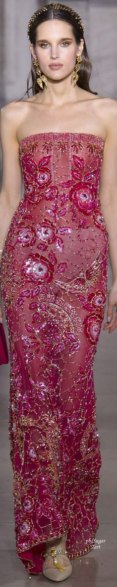 Georges Hobeika - Spring 2018 Couture Couture Fashion, Runway Fashion, Fashion Show, Fashion Design, Floral Fashion, Estilo Glamour, Dress Vestidos, Lesage, Fuchsia