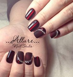 Red nail art designs for short nails beautiful top 80 latest wedding nails arts 2019 makeup and nails Simple Elegant Nails, Elegant Nail Art, Beautiful Nail Art, Simple Nails, Pretty Art, Red Nail Art, Red Nails, Hair And Nails, Fancy Nails