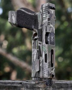 Airsoft Guns, Weapons Guns, Guns And Ammo, Custom Glock, Custom Guns, Armas Airsoft, Armas Ninja, Cool Guns, Awesome Guns