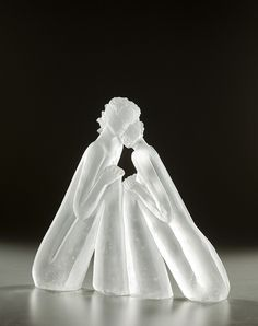 Glass sculpture by Leah Wingfield and Steve Clements - ego-alterego.com