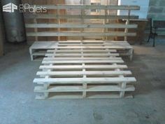 Pallet Bed & Headboard DIY Pallet Bedroom - Pallet Bed Frames & Pallet Headboards