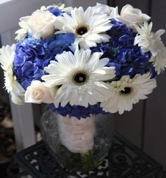 blue Hydrangias & Daiseys wedding flower bouquet