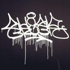 who knows about the letter-twisting Ekser (@3ks3r)? #ekser #handstyle #graffiti //follow @handstyler on Instagram