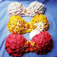 Let's be candid. Tahitian Dance, Tahitian Pearls, Hawaiian Costume, Tahitian Costumes, Polynesian Dance, Shell Decorations, Hula Girl, Seashell Crafts, Easy Gifts