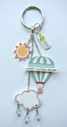 Shrinky Dinks keychain with dangling beads Shrink Paper, Shrink Art, Shrink Film, Plastic Fou, Shrink Plastic Jewelry, Diy And Crafts, Crafts For Kids, Slider Cards, Shrinky Dinks