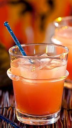 ☆ Witches' Brew ☞ With 1-1/4 oz. shot Malibu Coconut Rum » 2 oz. 7-Up or Sprite and 2 oz. mixed Pineapple and Cranberry Juice ☆