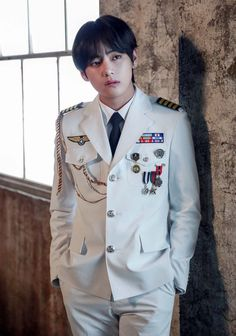 Kim Taehyung ☆ Photoshoot ☆ Picture: Big Hit Entertainment ☆ Credits by BTS Official Fancafe ☆ Edit by cglassend Jimin, Bts Bangtan Boy, Foto Bts, Bts Photo, Daegu, K Pop, V Bts Cute, I Love Bts, V And Jin