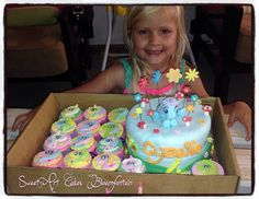 Fondant Decorations, Types Of Cakes, Themed Cakes, Cupcake Toppers, My Little Pony, Icing, Cake Decorating, Cupcakes, Horses