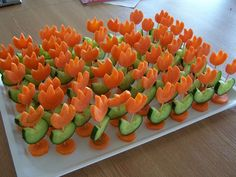 Decorating cold plates for Easter: 18 creative ideas - Healthy Food Art Cute Food, Yummy Food, Food Art For Kids, Creative Food Art, Cold Dishes, Vegetable Carving, Food Carving, Food Garnishes, Snacks Für Party