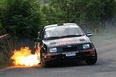 sierra-cosworth-flames-2.jpg 640×427 pixels