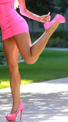 Emmy DE * #legs                                                       …