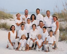 Levels -- start with grands on ladder seat, layer with guys in tall kneel and shirt kneel, and then add standing in back with two layers of height. Finish with two layers of height in front with combos of kneeling, sitting, and standing. Family Portrait Poses, Family Beach Portraits, Family Picture Poses, Family Beach Pictures, Poses For Pictures, Family Photo Sessions, Family Posing, Beach Photos, Family Pics