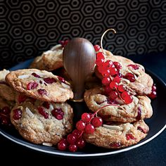 White Chocolate, Almond and Cranberry Cookies.  These crispy, chewy cookies are deliciously nutty thanks to almond flour and toasted almonds.