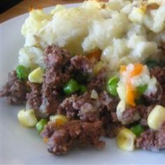 Elk Shepherd's Pie (I would make this with deer meat and additional cheese on top). Elk Meat Recipes, Moose Recipes, Venison Recipes, Cooking Recipes, Healthy Recipes, Game Recipes, Deer Meat Recipes Ground, Cooking Ribs, Fish Recipes
