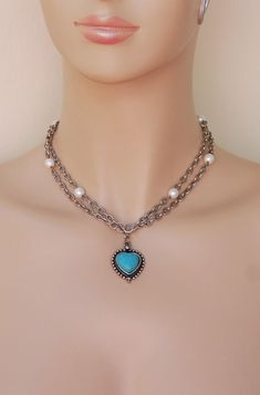 Turquoise Heart pendant necklace #turquoisenecklace #turquoisejewelry #pearlnecklace #chain #chainnecklace #heartpendants #heartjewelry Long Chain Necklace, Heart Pendant Necklace, Boho Necklace, Boho Jewelry, Turquoise Necklace, Vintage Jewelry, Pink Earrings, Boho Earrings, Cool Necklaces