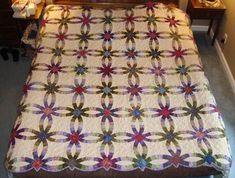 Double Wedding Ring Quilt - One day I will make one of these.  Isn't it gorgeous?